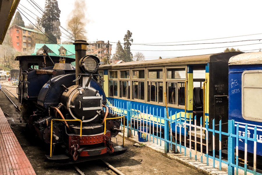 West Bengal's Famous Hill Station: Darjeeling